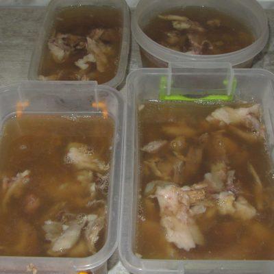 Фото рецепта - Холодец из свинины - шаг 9