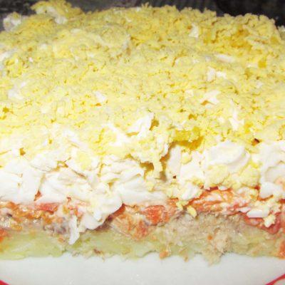 """Салат """"Мимоза"""" с тунцом, картофелем и яйцами - рецепт с фото"""