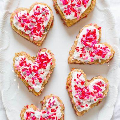 Сахарное печенье в форме сердца - рецепт с фото