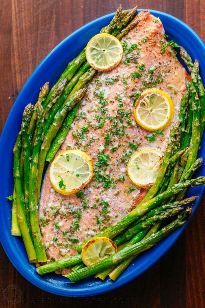 Фото рецепта - Запеченный лосось (целый) со спаржей - шаг 6