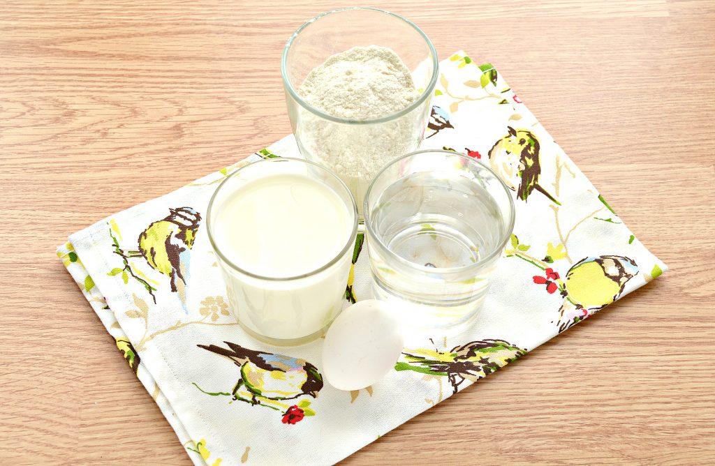 Фото рецепта - Налистники с сыром (блины на молоке и воде) - шаг 1