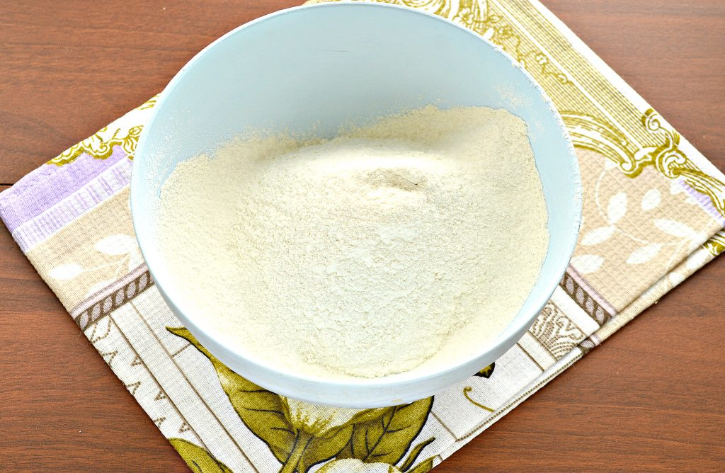 Фото рецепта - Песочное тесто для пирогов - шаг 1