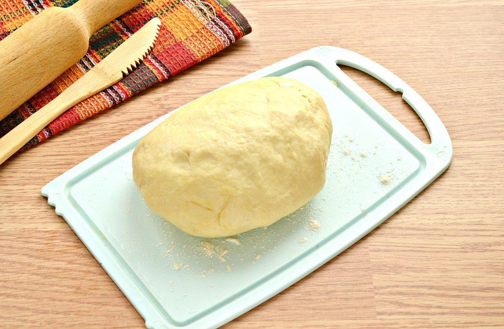 Фото рецепта - Пирог из песочного теста с картошкой и говядиной - шаг 1