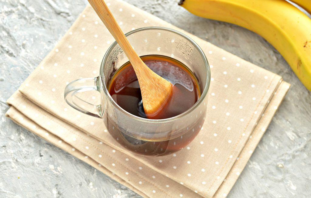 Фото рецепта - Охлажденный банановый латте - шаг 1