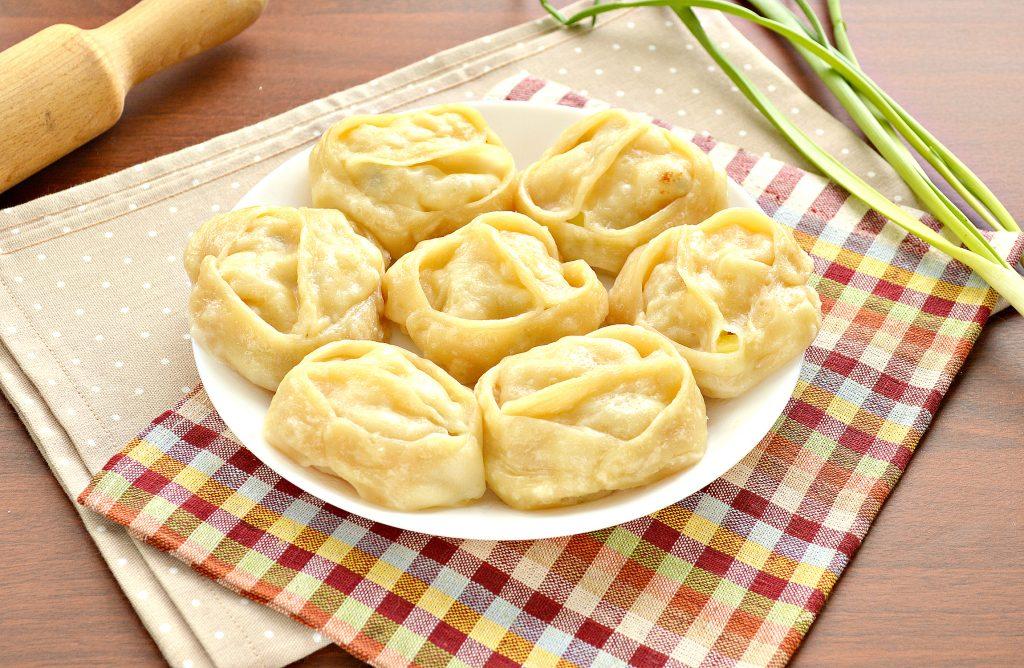 Фото рецепта - Постные манты с картошкой и кабачком - шаг 10