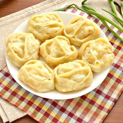 Постные манты с картошкой и кабачком - рецепт с фото