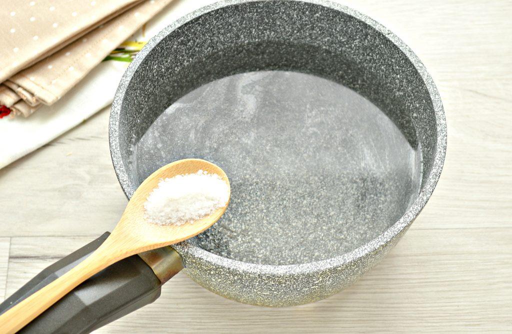 Фото рецепта - Креветки вареные - шаг 2