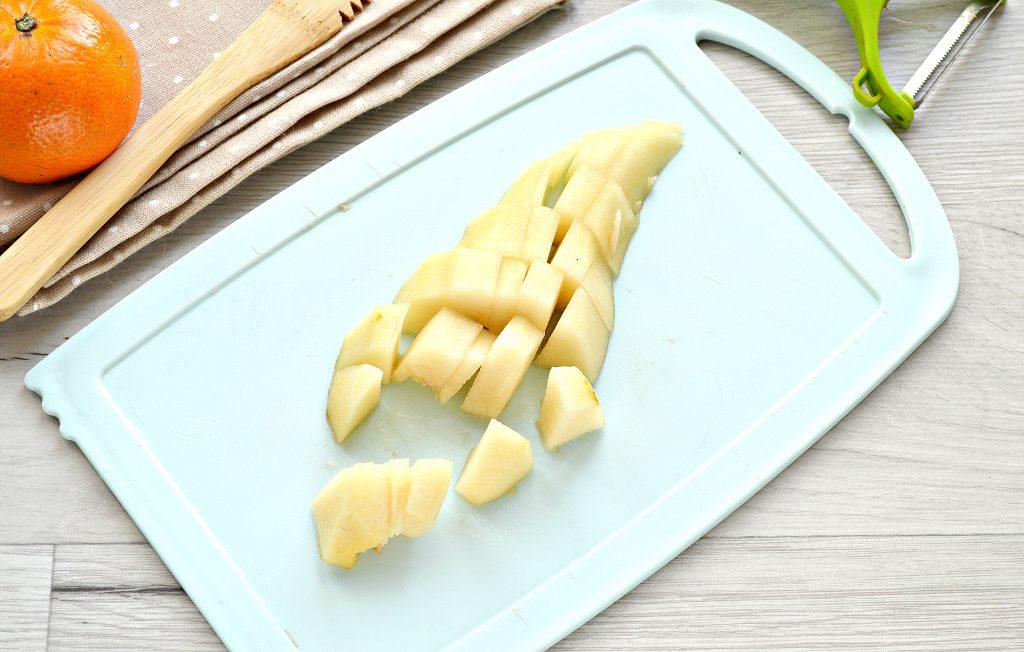 Фото рецепта - Мандариновый смузи с бананом и грушей - шаг 3