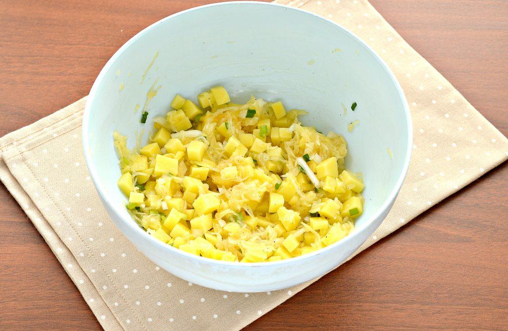 Фото рецепта - Постные манты с картошкой и кабачком - шаг 4