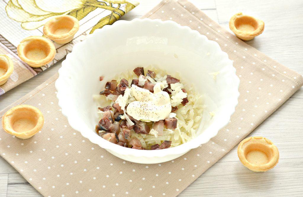 Фото рецепта - Тарталетки с соленой сельдью и картофелем - шаг 4