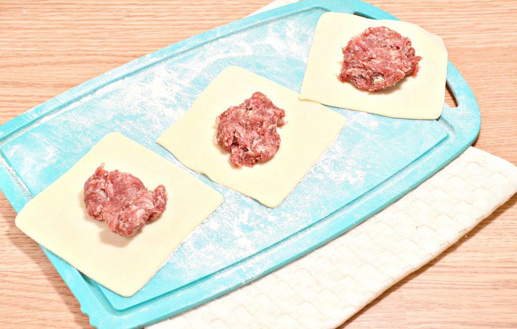 Фото рецепта - Домашние манты с говядиной - шаг 3