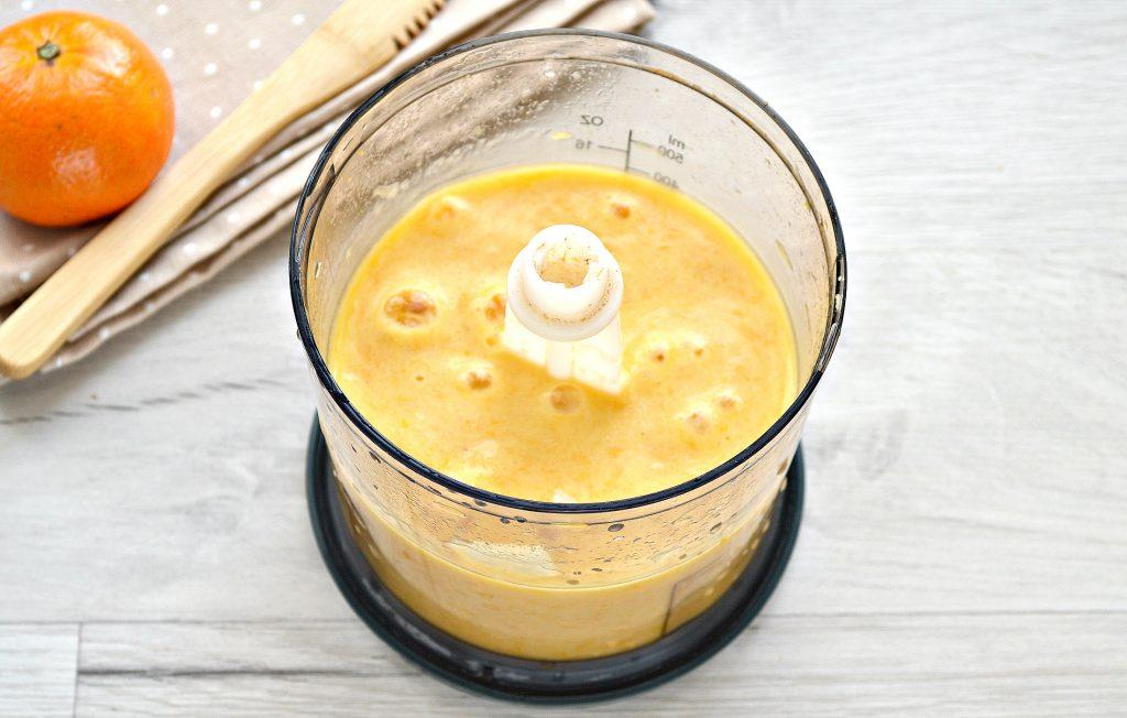 Фото рецепта - Мандариновый смузи с бананом и грушей - шаг 5