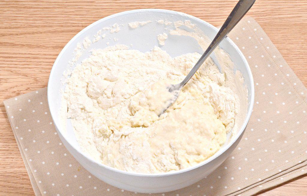 Фото рецепта - Нежное тесто для пельменей со сливочным маслом - шаг 6