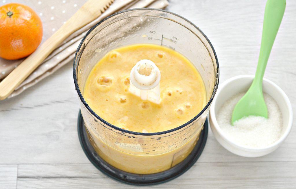 Фото рецепта - Мандариновый смузи с бананом и грушей - шаг 6