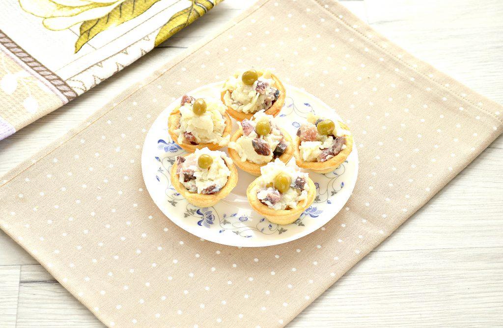 Фото рецепта - Тарталетки с соленой сельдью и картофелем - шаг 6