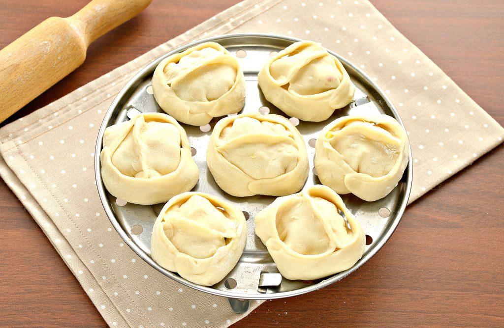 Фото рецепта - Постные манты с картошкой и кабачком - шаг 7