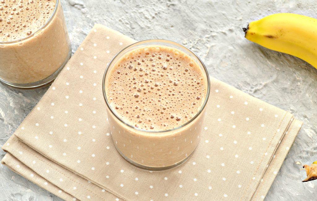 Фото рецепта - Охлажденный банановый латте - шаг 7