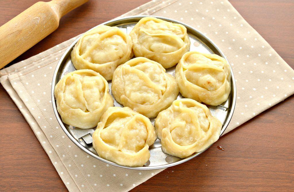Фото рецепта - Постные манты с картошкой и кабачком - шаг 8