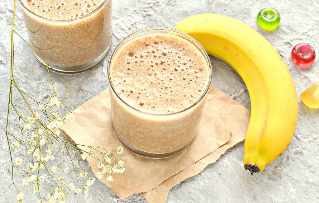 Фото рецепта - Охлажденный банановый латте - шаг 8