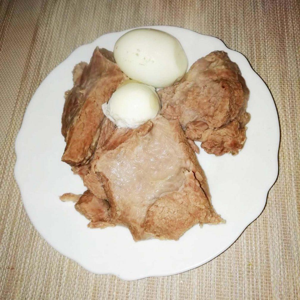 Фото рецепта - Форшмак из телятины и слабосоленой сельди - шаг 1