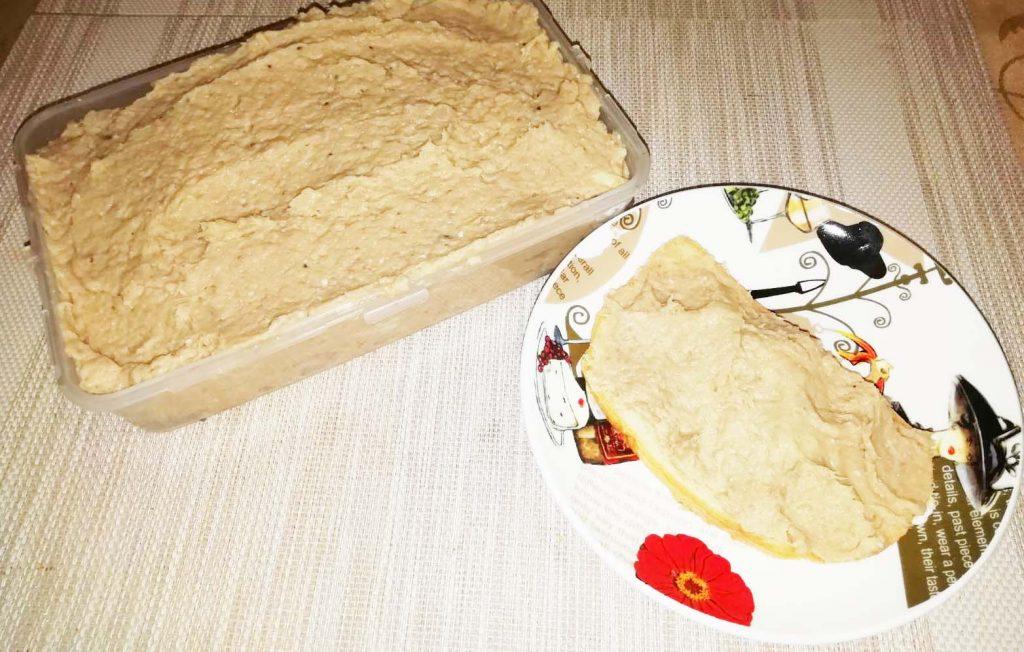 Фото рецепта - Форшмак из телятины и слабосоленой сельди - шаг 4