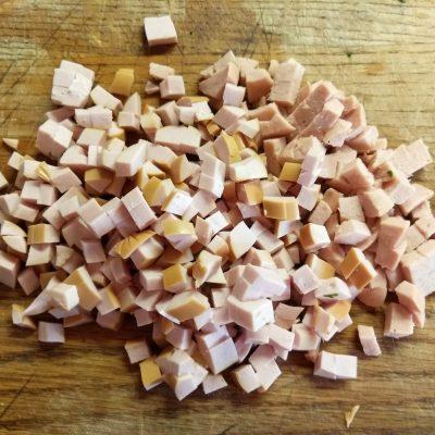 Фото рецепта - Болгарский перец, фаршированный творогом, петрушкой и сосисками - шаг 4