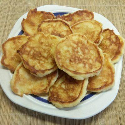 Сырники с грушей - рецепт с фото