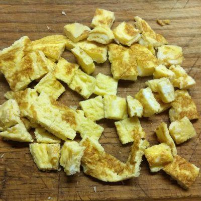 Фото рецепта - Салат с бужениной, фетой, нутом и грушей - шаг 1