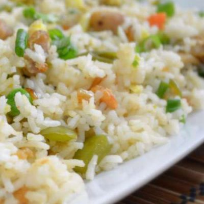 Курица с рисом, овощами - рецепт с фото