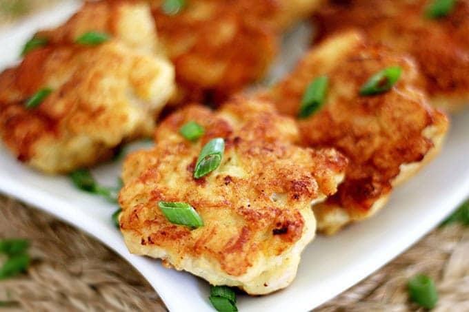Фото рецепта - Куриные рубленные котлеты на сковороде - шаг 5