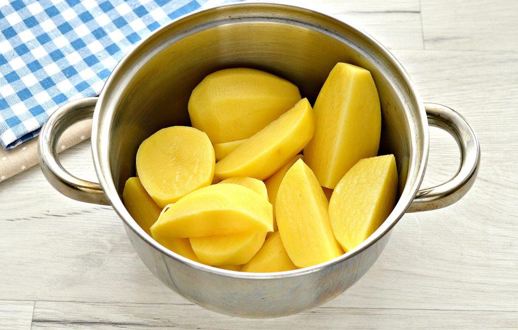 Фото рецепта - Картофельное пюре с сыром - шаг 1