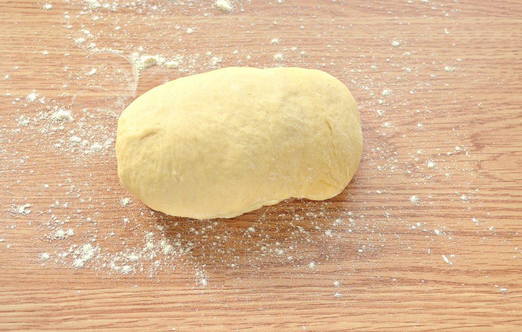 Фото рецепта - Дрожжевые булочки-веночки к Пасхе - шаг 1