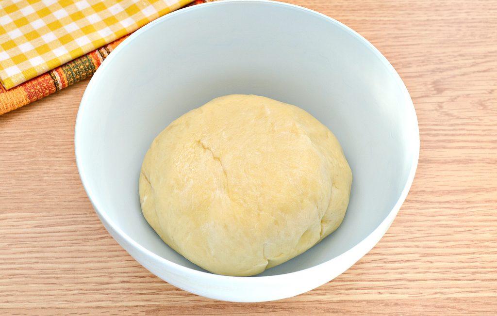 Фото рецепта - Вак-беляши в духовке с картошкой и фаршем - шаг 1