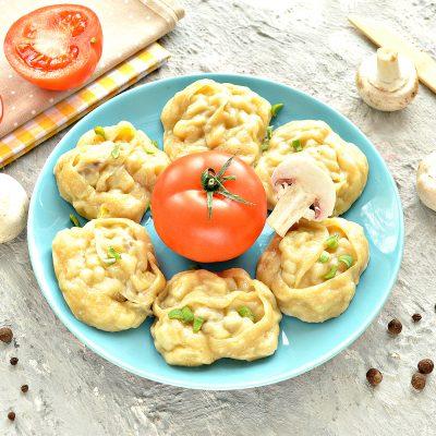 Постные манты с грибами и картошкой - рецепт с фото