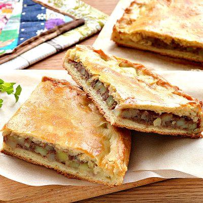 Курник с фаршем (мясной пирог) - рецепт с фото