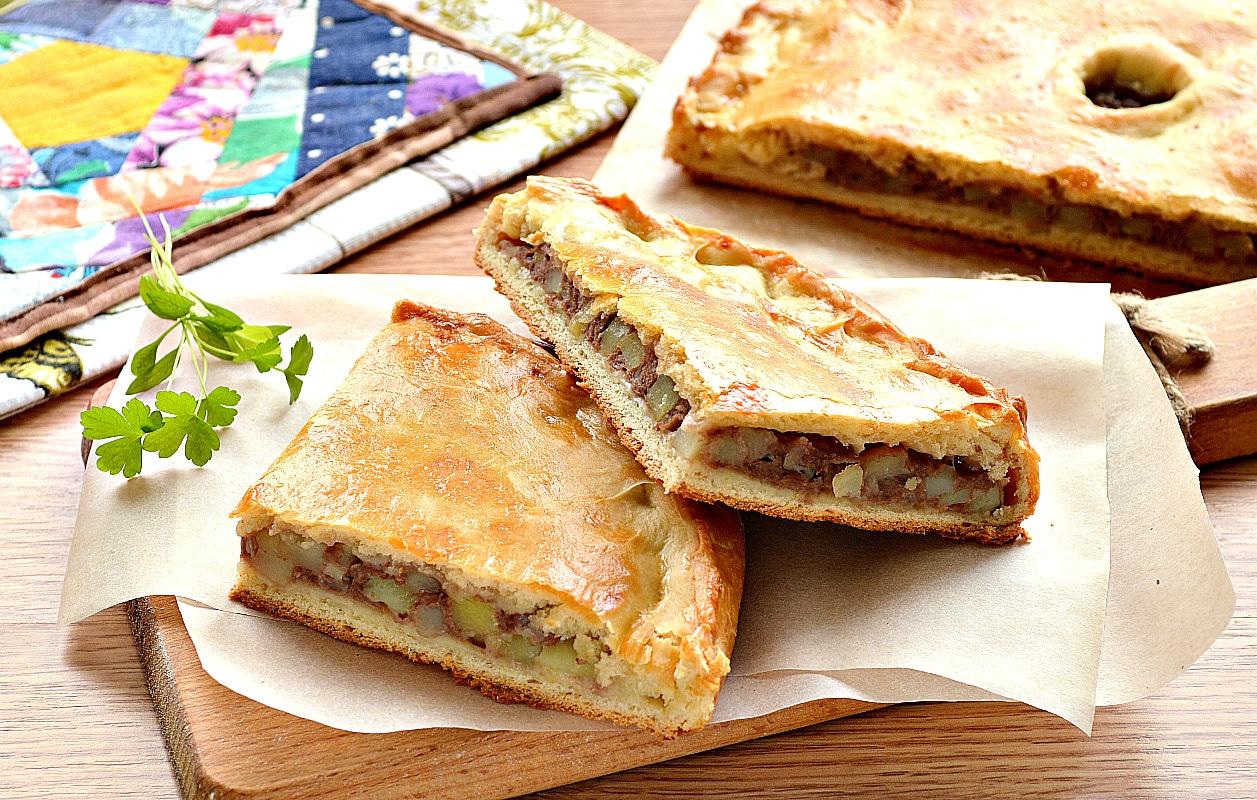 Курник с фаршем (мясной пирог)