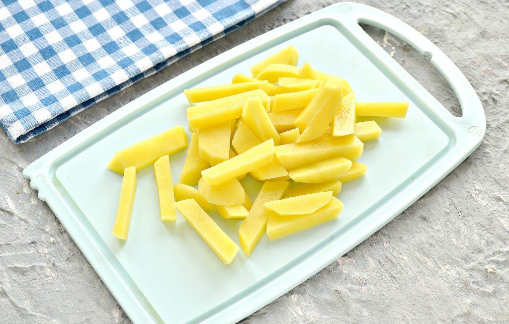 Фото рецепта - Куриный суп с лапшой и шампиньонами - шаг 2
