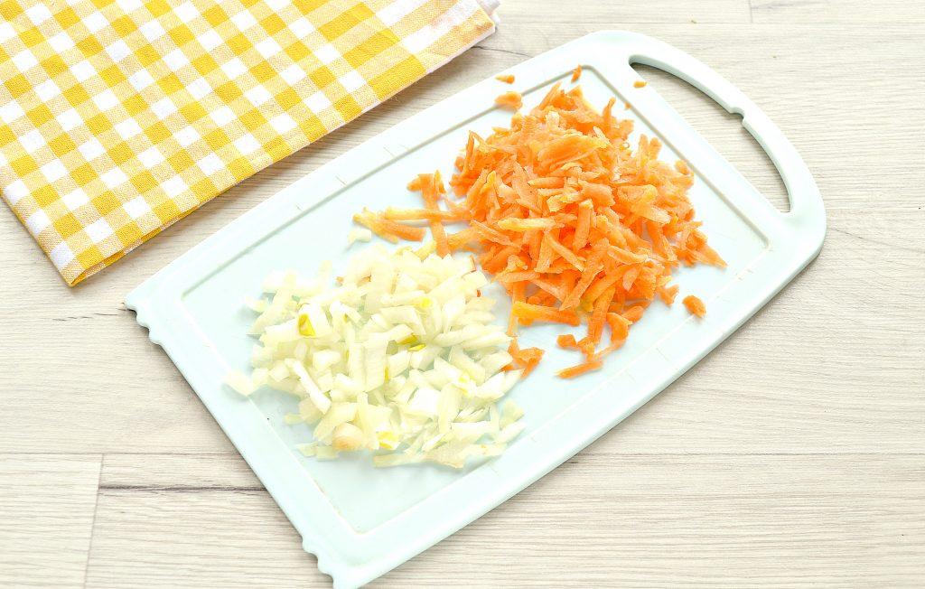Фото рецепта - Начинка для пирогов и пирожков с капустой и шампиньонами - шаг 2