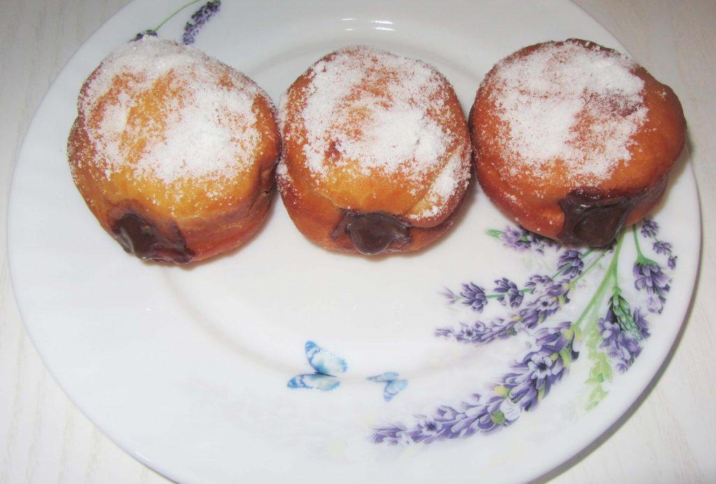 Фото рецепта - Дрожжевые пончики берлинеры - шаг 5