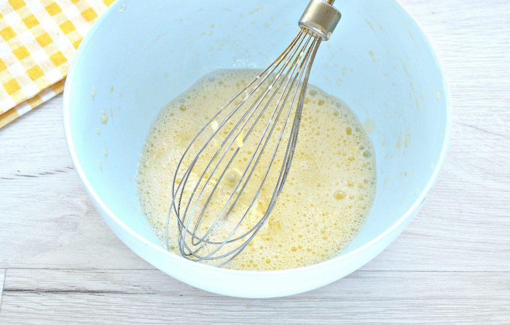 Фото рецепта - Тесто для курника на кефире - шаг 3