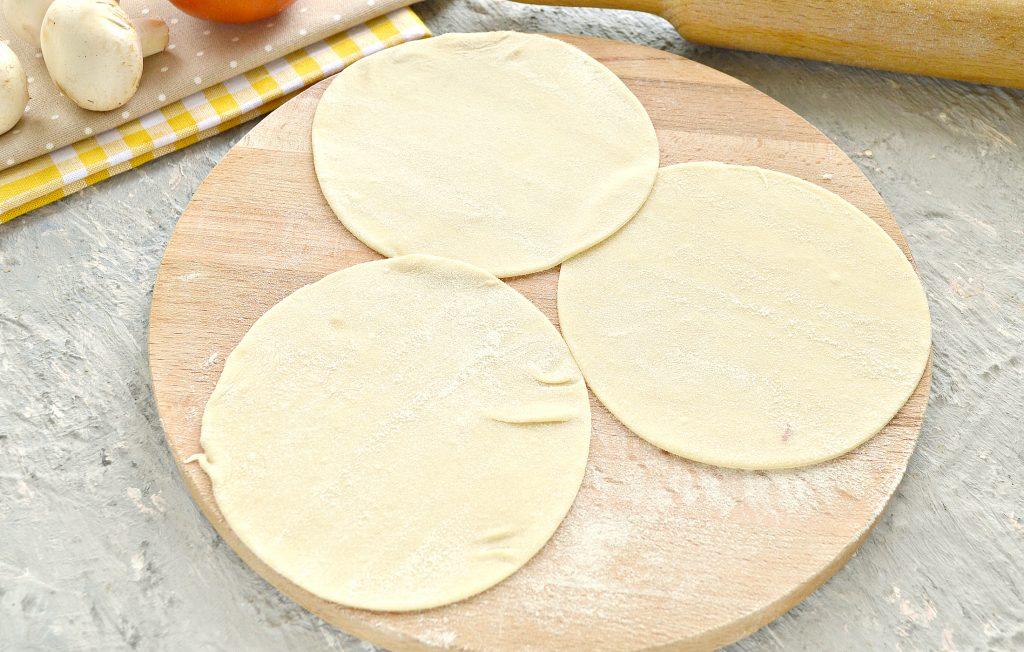 Фото рецепта - Постные манты с грибами и картошкой - шаг 5