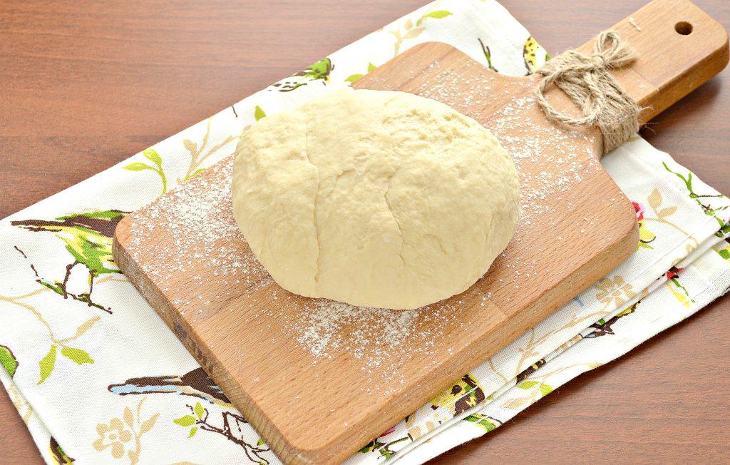 Фото рецепта - Тесто для чебуреков на сметане - шаг 7