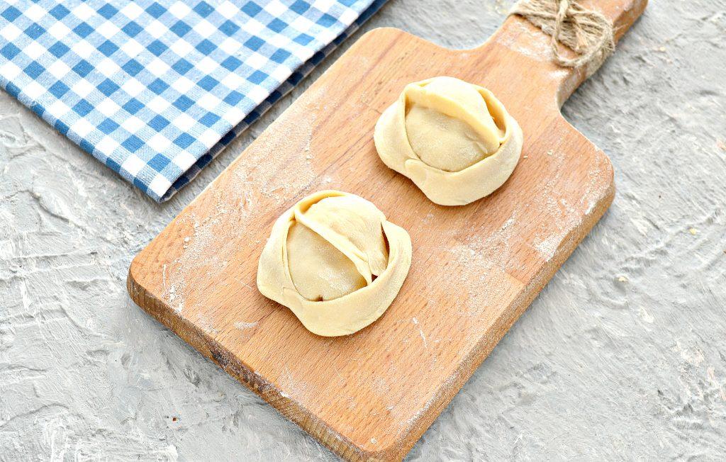 Фото рецепта - Домашние манты с кабачком и свининой - шаг 7