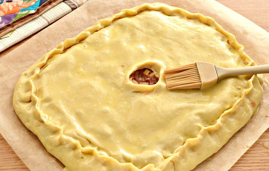 Фото рецепта - Курник с фаршем (мясной пирог) - шаг 8