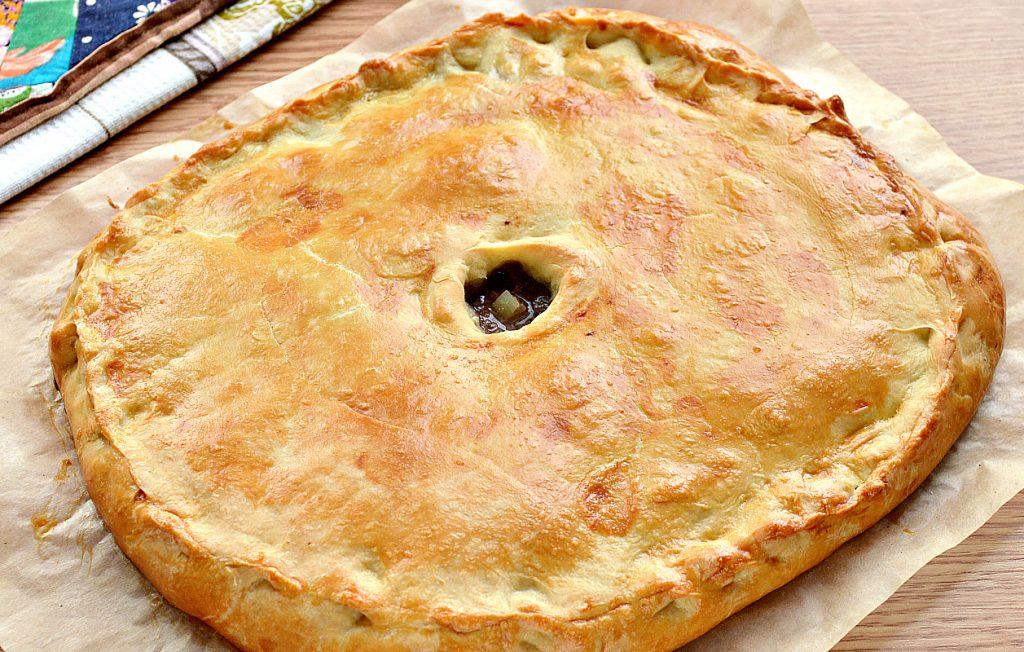 Фото рецепта - Курник с фаршем (мясной пирог) - шаг 9