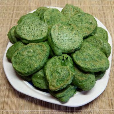 Оладьи из шпината - рецепт с фото