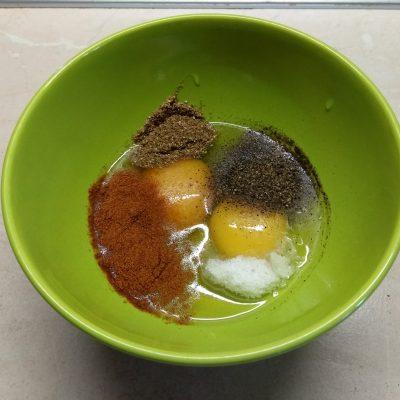 Фото рецепта - Отбивные из индейки в яичном кляре с пряными травами - шаг 2