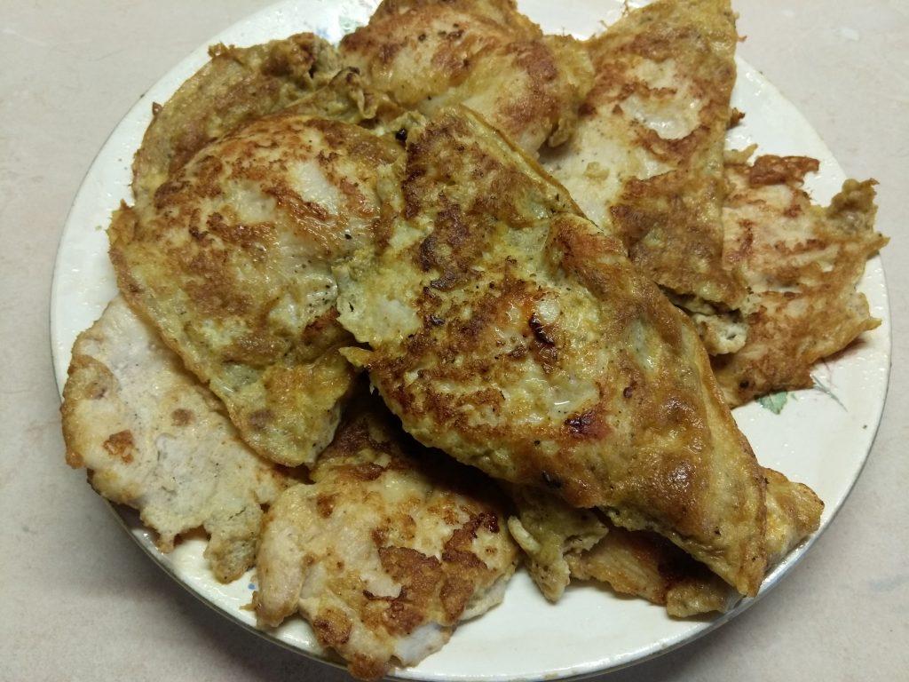 Фото рецепта - Отбивные из индейки в яичном кляре с пряными травами - шаг 5