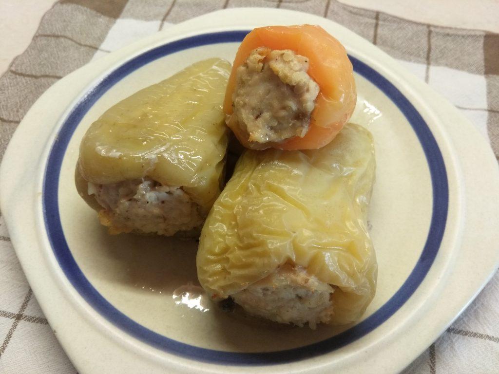 Фото рецепта - Болгарский перец, фаршированный булгуром и индейкой - шаг 8