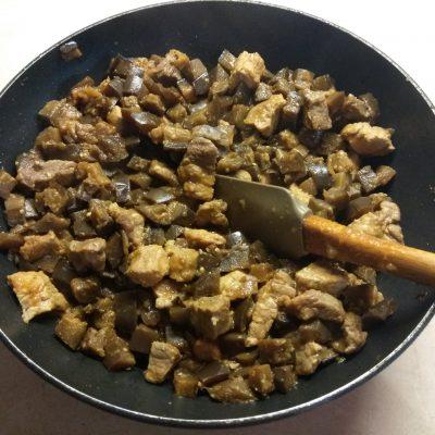 Фото рецепта - Рагу из свинины и баклажанов - шаг 5